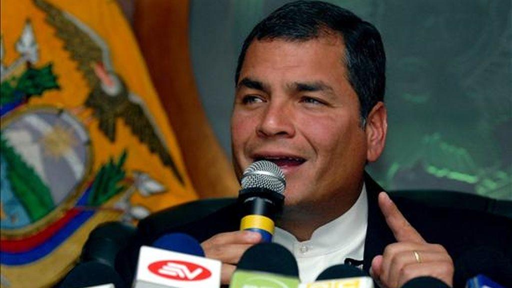 """El presidente de Ecuador, Rafael Correa,  le achaca a Uribe que, a pesar de haber pedido perdón a su país hasta en tres ocasiones, hiciera """"propaganda contra Ecuador"""". EFE/Archivo"""