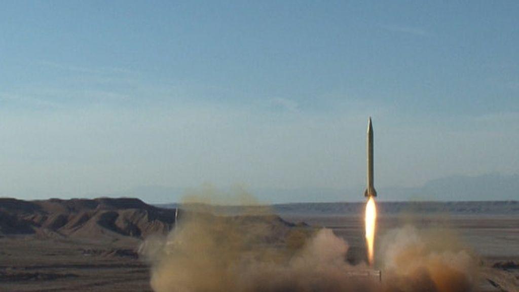 Irán lanza dos misiles en  Elburz
