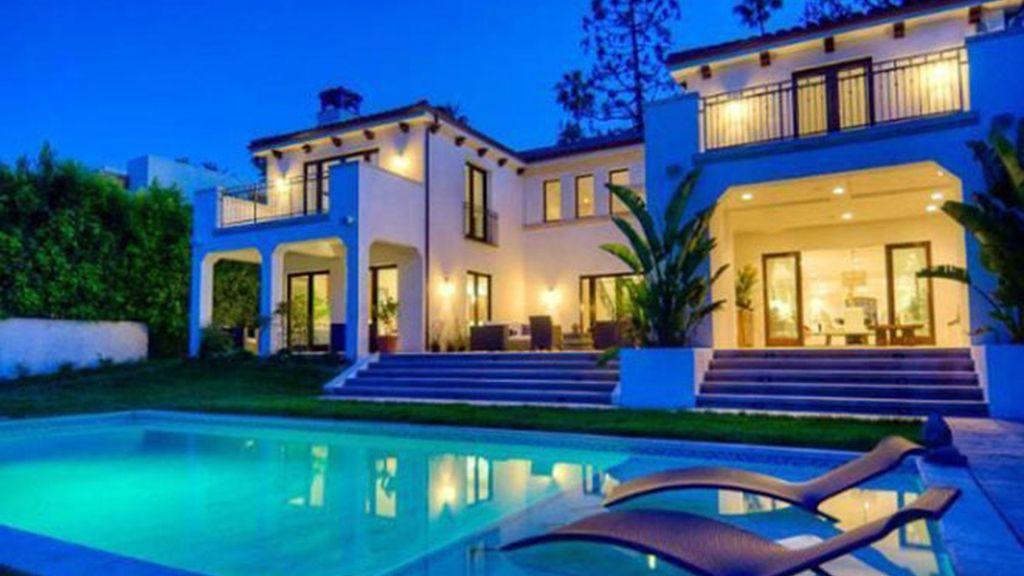 La nueva casa de fiestas de Charlie Sheen