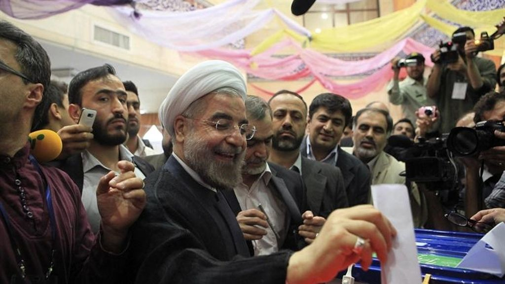 Hasan Rohani roza la mayoría absoluta en las elecciones en Irán