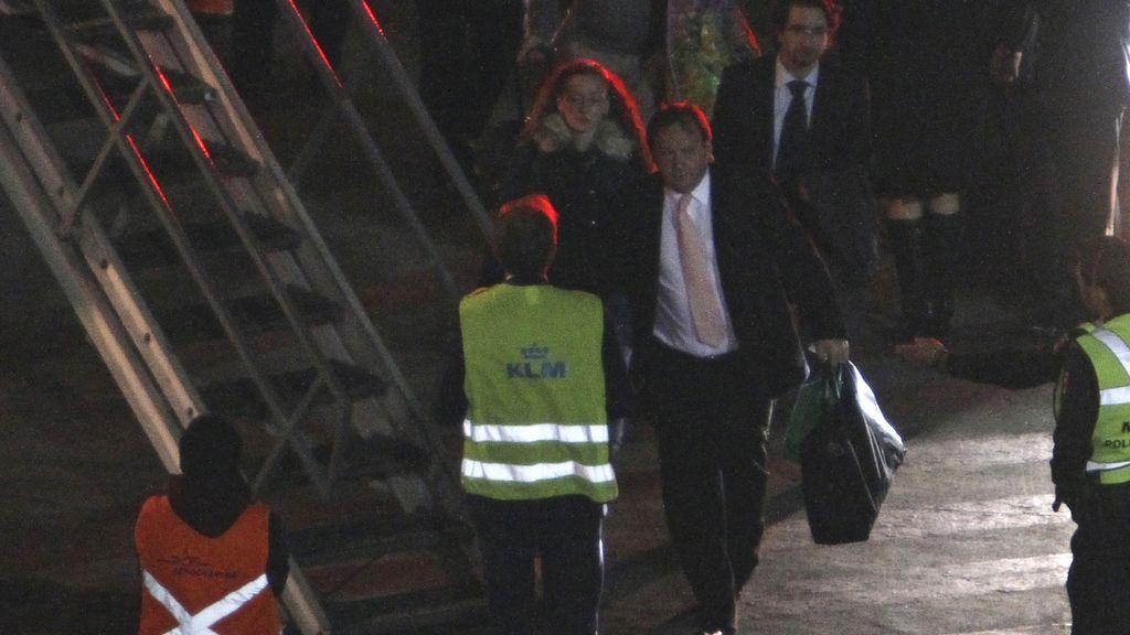 Florence Cassez, a punto de subir al avión que le lleva a París
