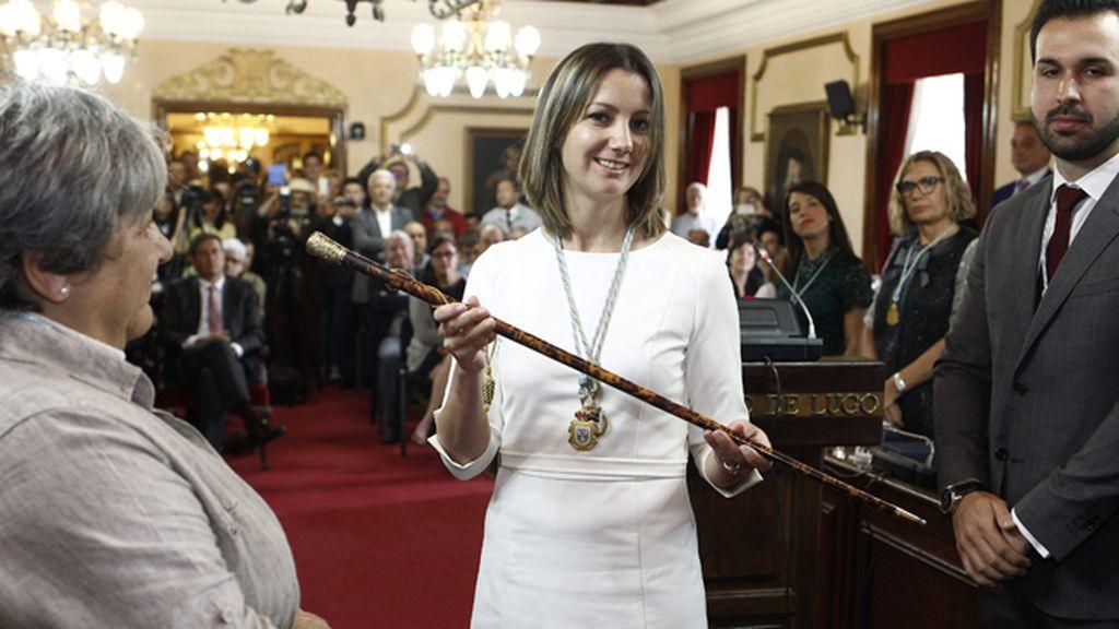 La socialista Lara Méndez, alcaldesa de Lugo con el apoyo de Lugonovo y del BNG