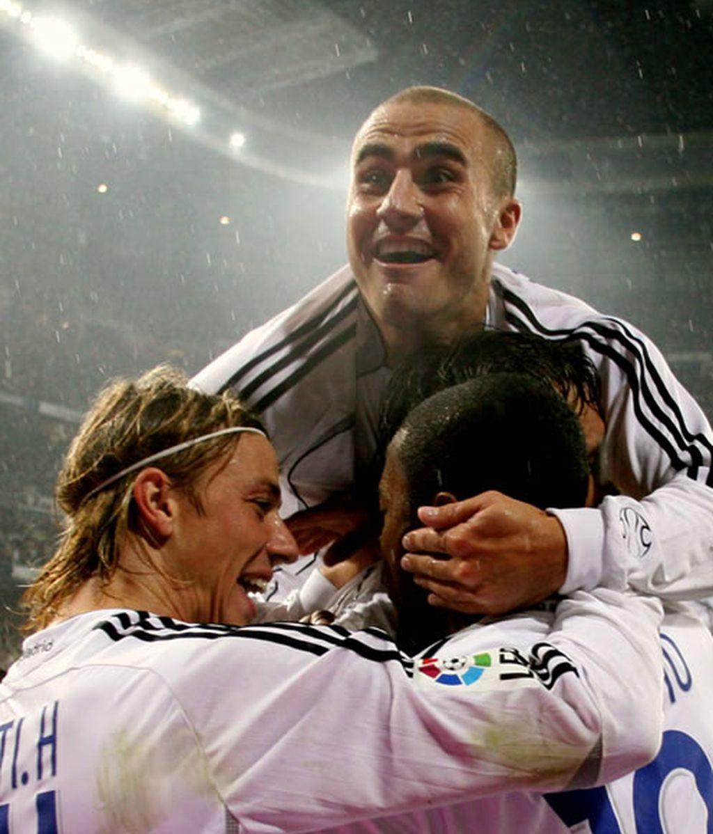 En el encuentro del 22 de Octubre de 2006, Cannavaro, Guti y Robinho celebran su segundo gol contra el Barcelona