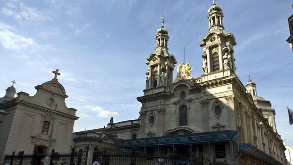 La basílica de San Francisco de Asís en Buenos Aires