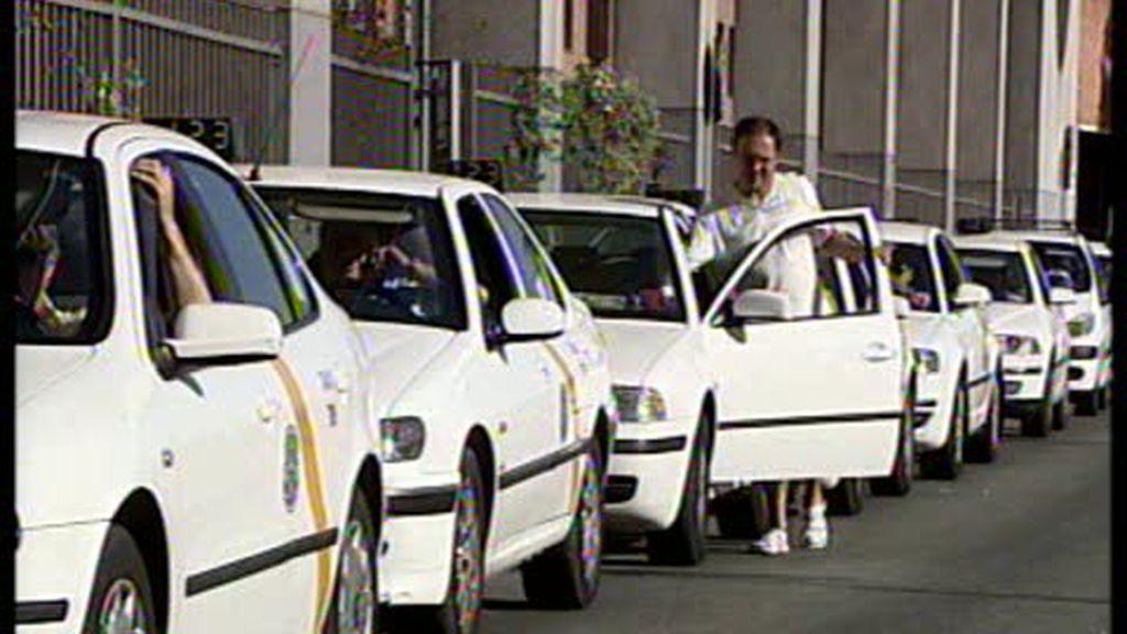 Denuncia de los usuarios en torno al precio de los taxis