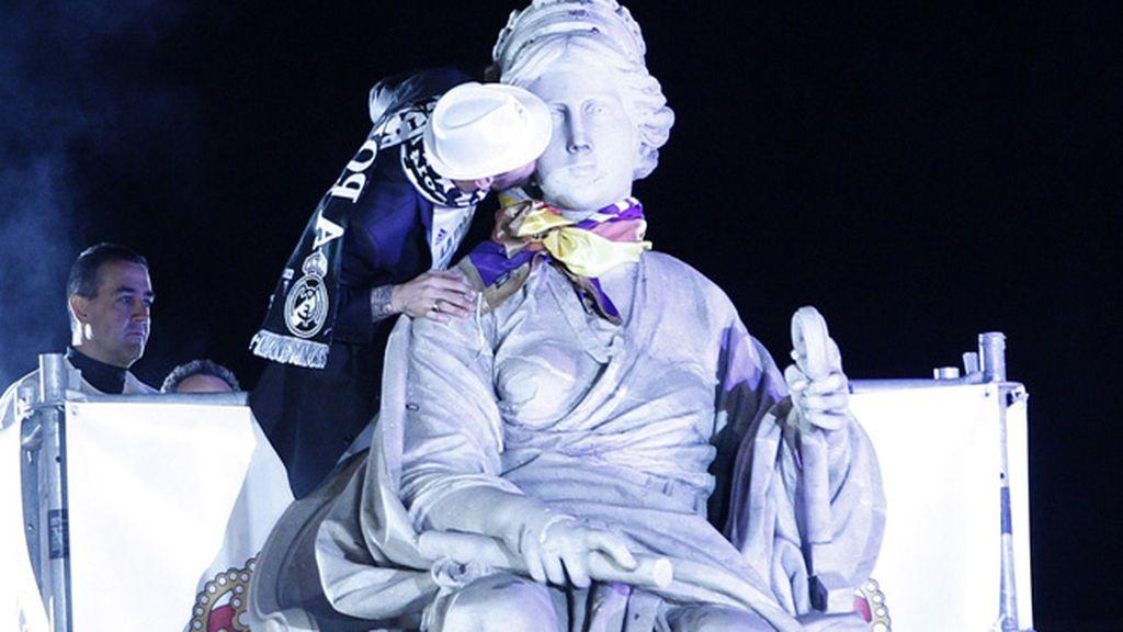 Los merengues celebran la 'Décima' en Cibeles