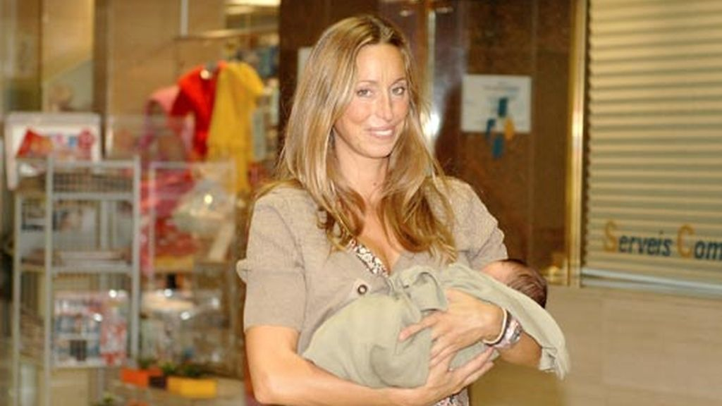 Gemma Mengual, una mamá feliz y enamorada