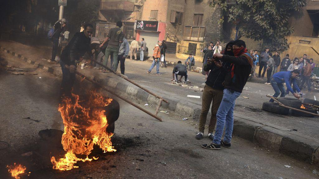 Al menos 49 muertos, 247 heridos y más de 1.000 detenidos en los enfrentamientos en Egipto