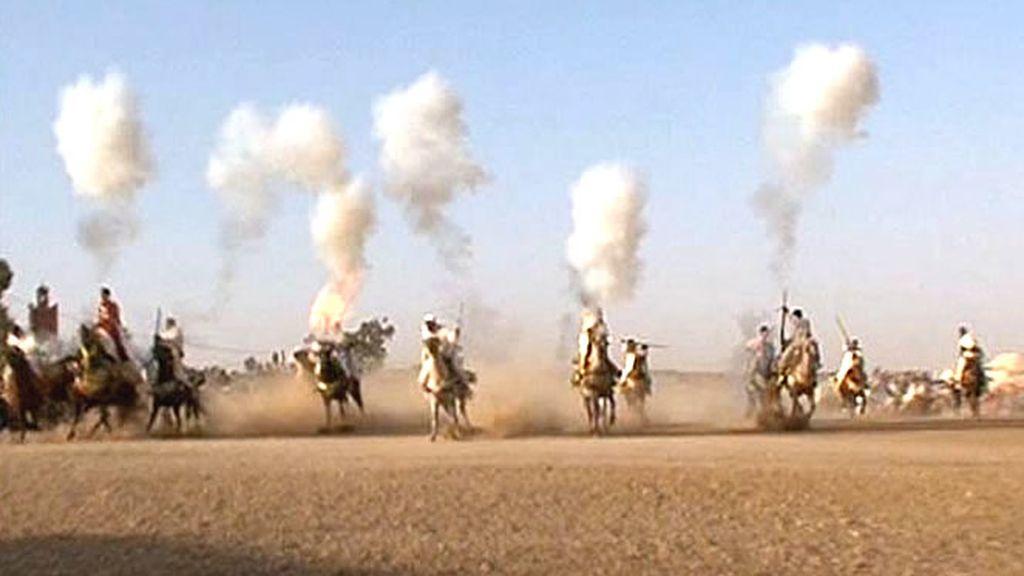 A las afueras de Marrakech... un espectáculo centenario de los marroquíes