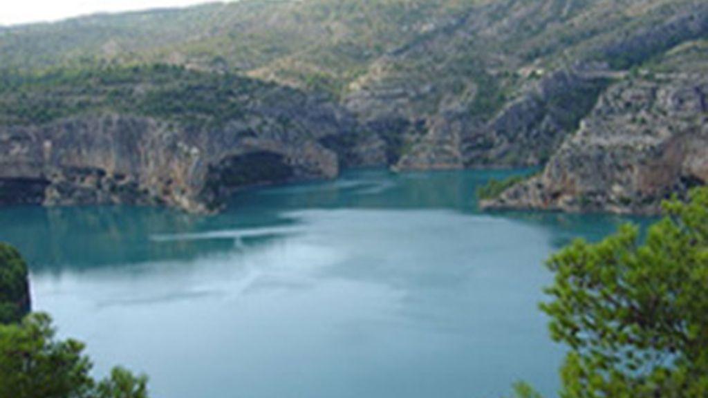 Mueren tres personas de una misma familia en un pantano de Santolea (Teruel)