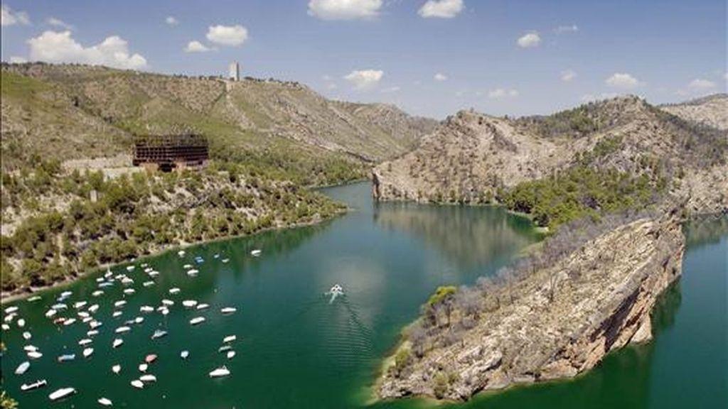 El embalse de Bolarque, entre Cuenca y Guadalajara