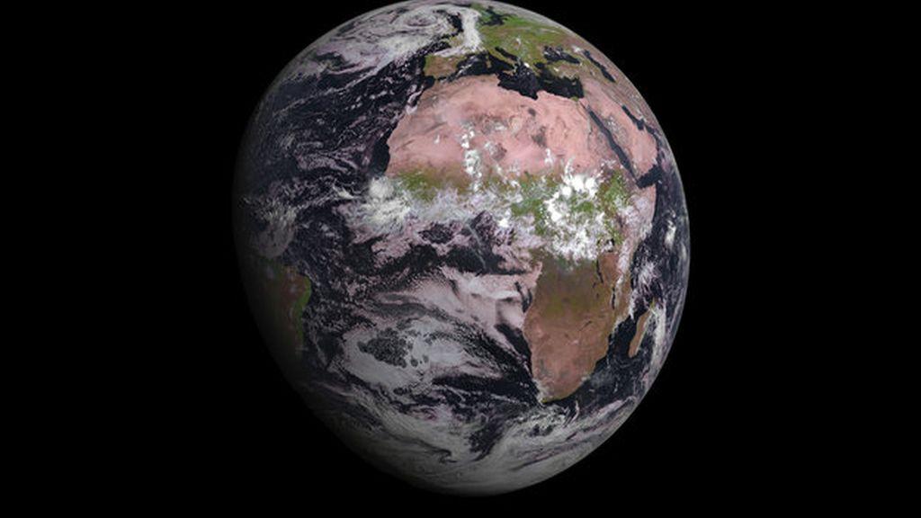 El satélite meteorológico MSG-4 envía su primera imagen de la Tierra
