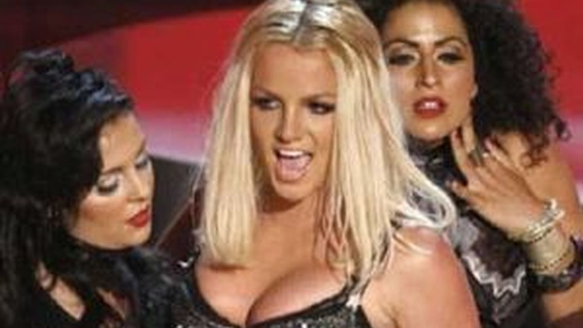 Britney Spears durante una de sus actuaciones. Foto: EFE