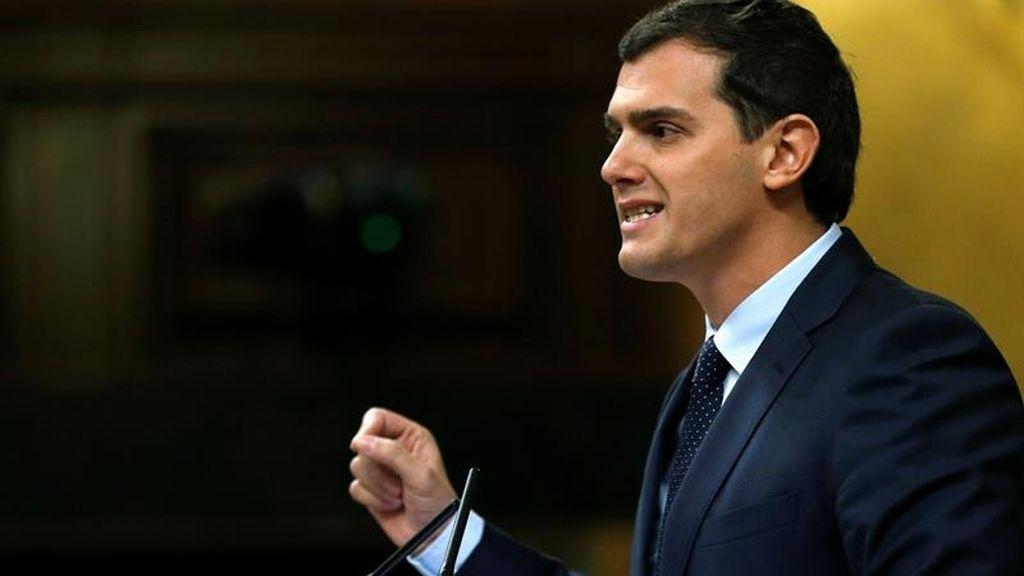 Albert Rivera sacude al PP y expone sus propuestas para gobernar España