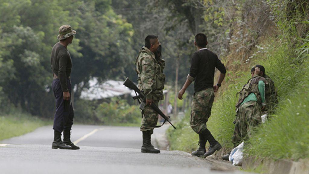 Las FARC dicen que tienen apresado a un exsoldado de EEUU y ofrecen su liberación