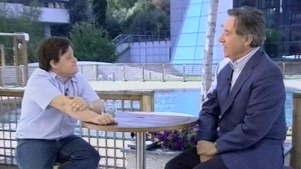 Iñaki Gabilondo entrevista a Pablo Pineda, actor y primer licenciado europeo con síndrome de down (2 de 2)