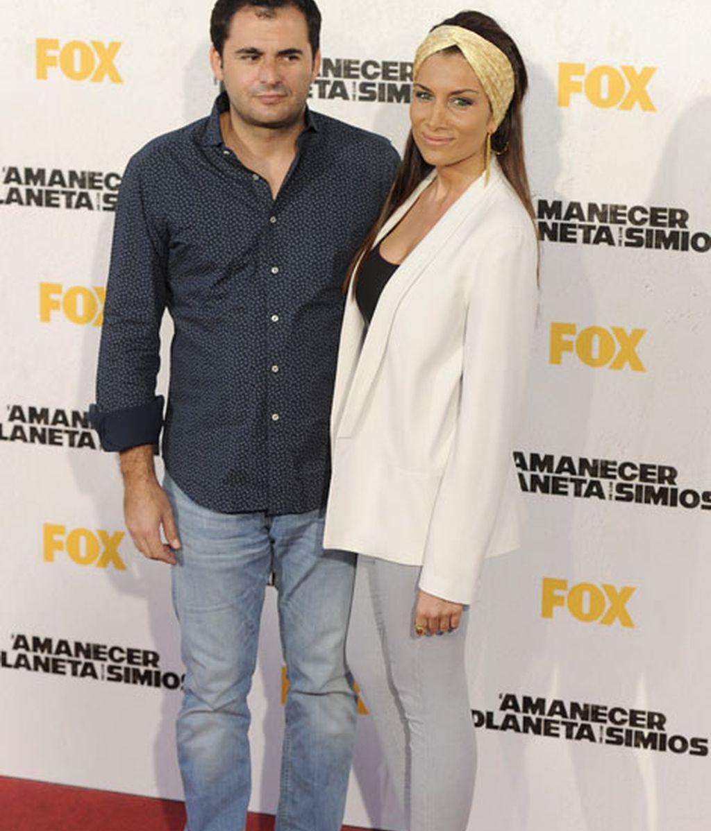 El joyero Emiliano Suárez y su novia Jacqueline Sastre
