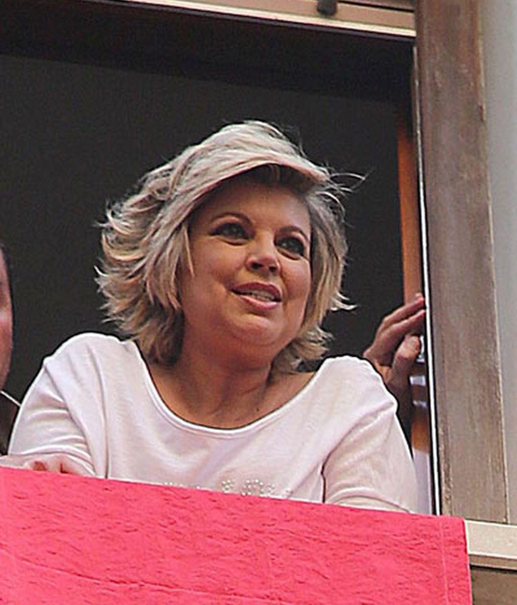 Terelu, devota del Cautivo en Málaga