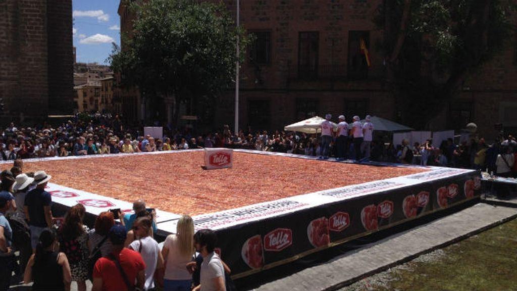 Toledo entra en el Guinness con el plato de jamón más grande del mundo