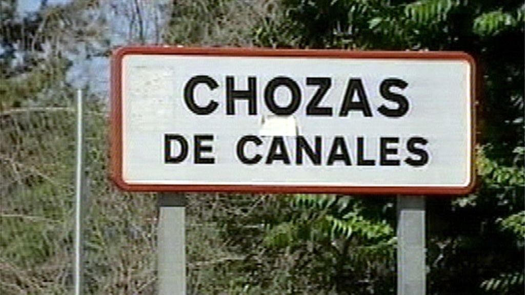 Cartel del pueblo Chozas de Canales, en Toledo