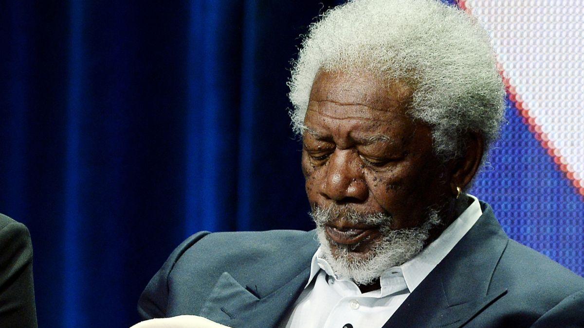 Morgan Freeman sufre un accidente aéreo