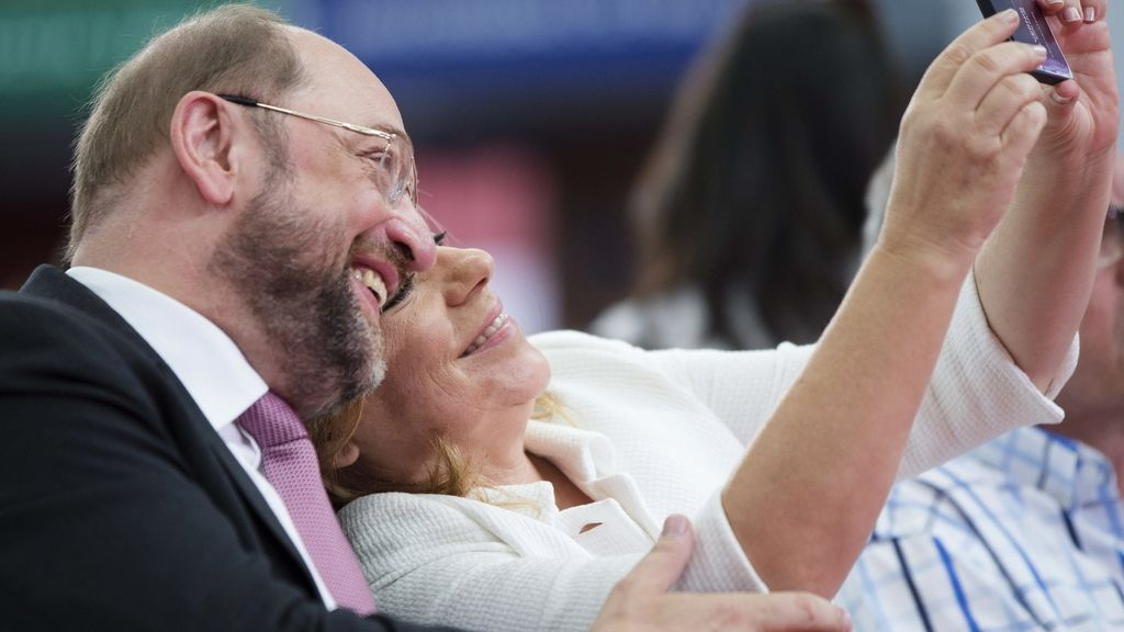 """Elecciones Europa. Schulz afirma que """"luchará por cerrar"""" los paraísos fiscales e incide en que su prioridad es el empleo."""