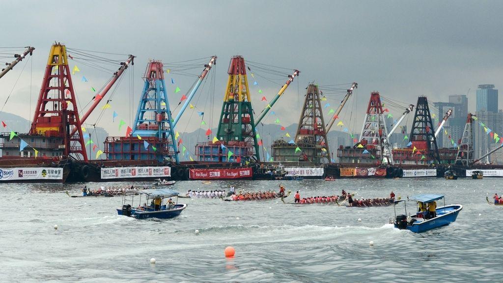 Hong Kong vibra con el Dragon Boat