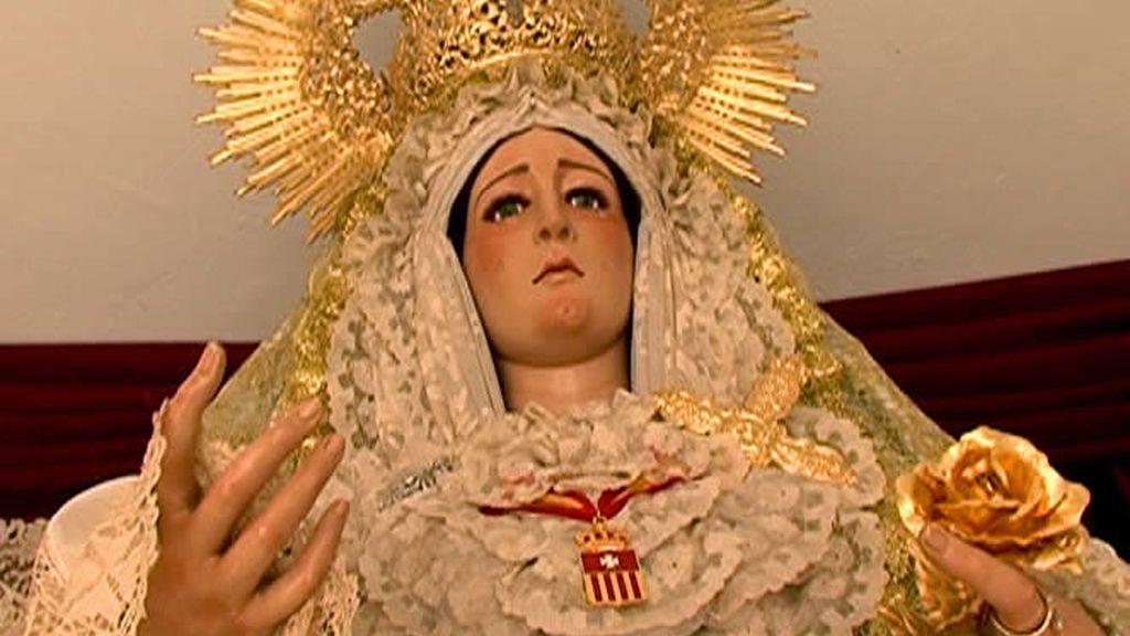 Devoción y religiosidad en este barrio de Andalucía