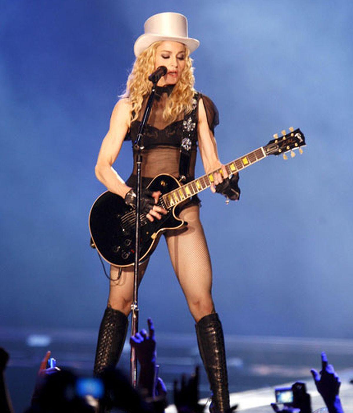 Madonna durante su concierto en Sevilla. Vídeos: Informativos Telecinco.