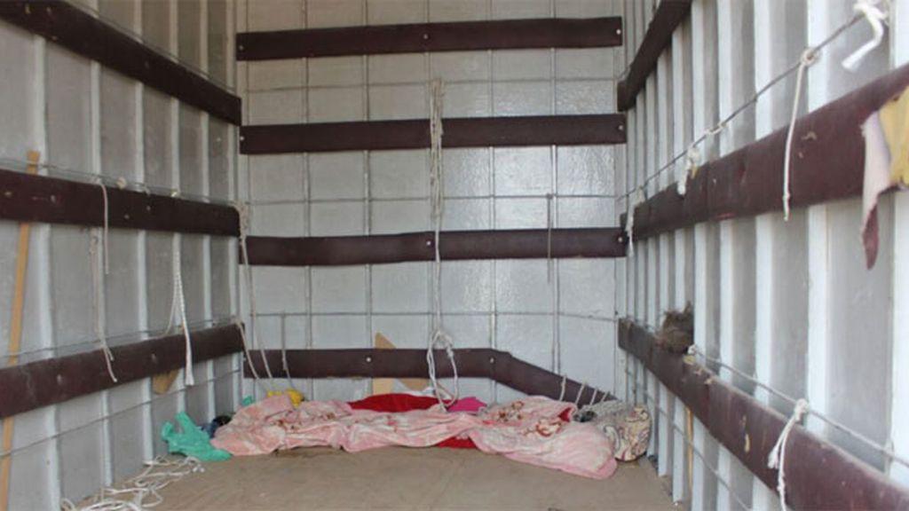 Rescatada una mujer retenida en el interior de un camión en Cartagena