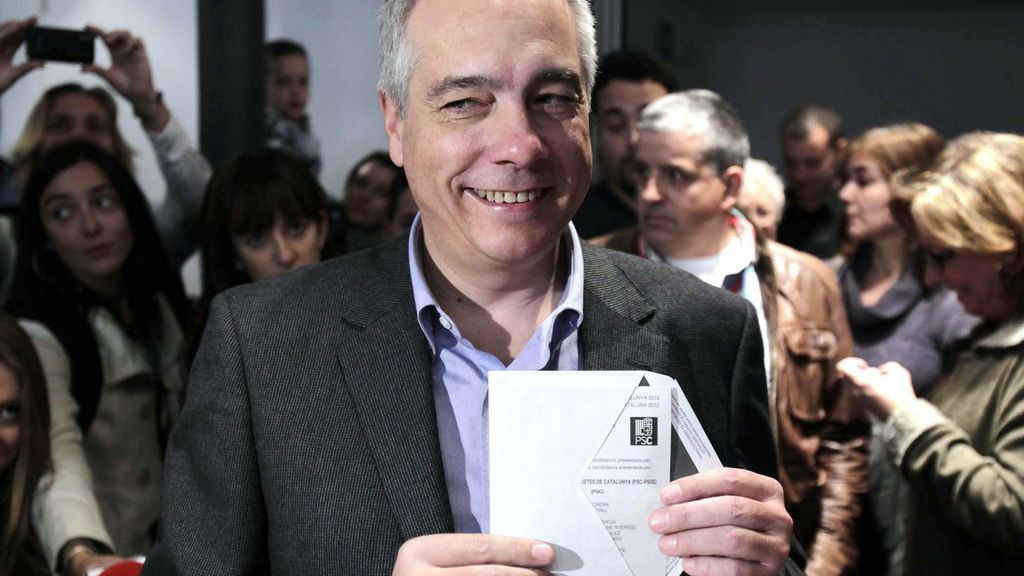 El candidato la presidencia a la Generalitat, Pere Navarro
