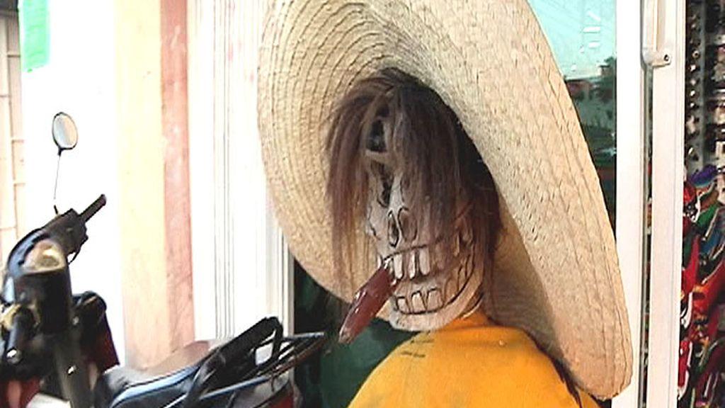 Venerar a la muerte es muy típico en México. En la imagen, una escultura de una calavera