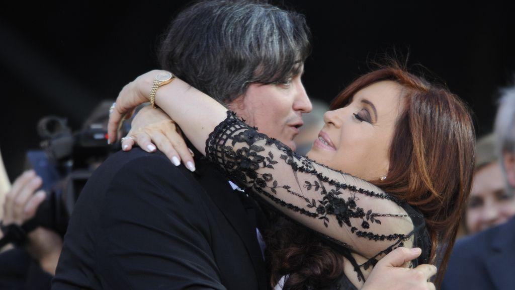 Investigan a Cristina Fernández y su hijo por presunto enriquecimiento ilícito