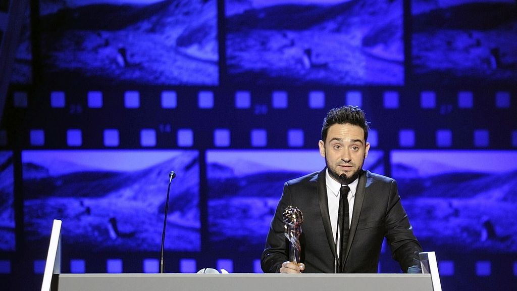 Juan Antonio Bayona triunfa en los premios Gaudí con Lo Imposible