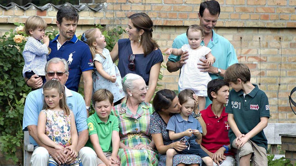 El posado de la Familia Real danesa: los niños son los reyes