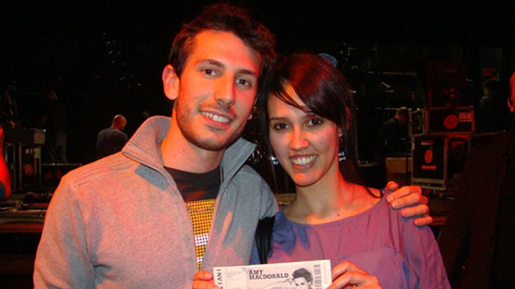 Los ganadores del concurso Puro Cuatro ene l concierto de Amy Macdonald