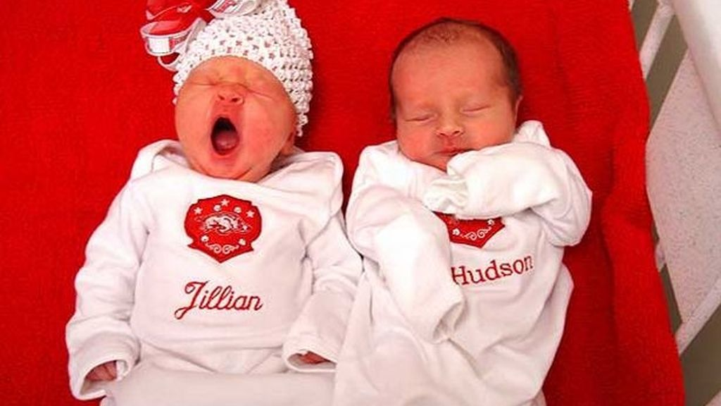 Una mujer dio a luz a dos mellizos con dos padres diferentes