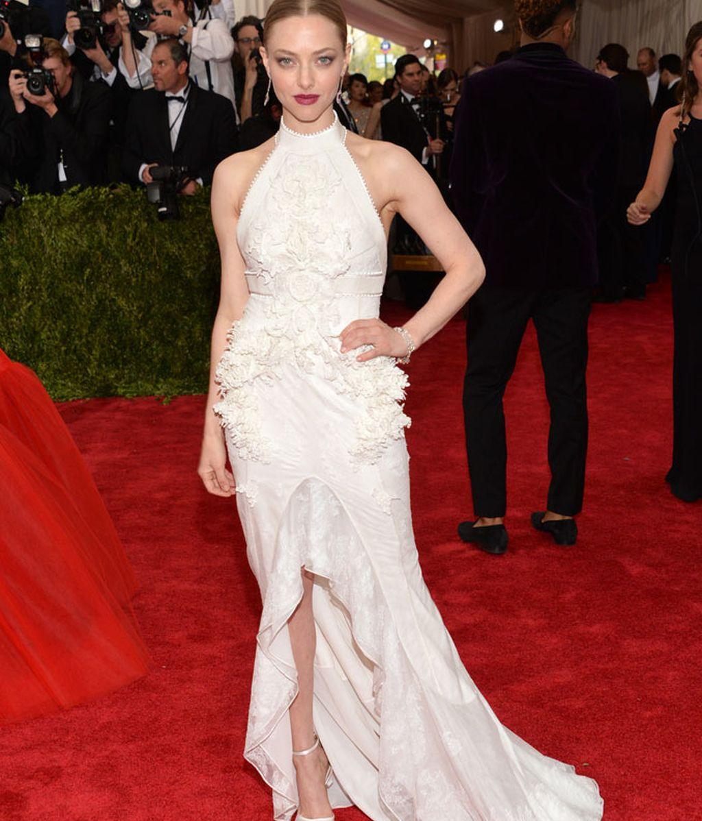Amanda Seyfried con vestido de Givenchy