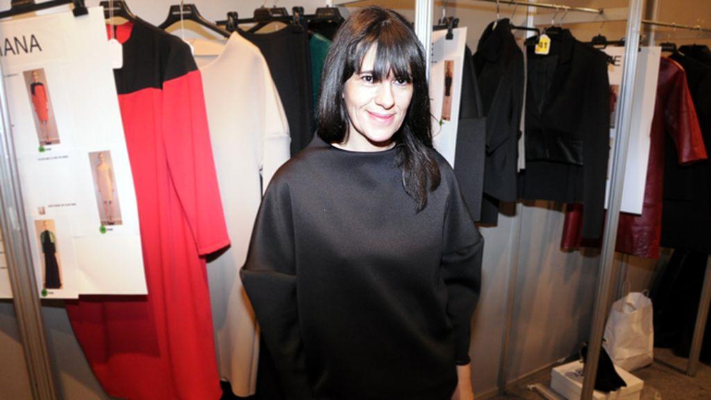 Amaya Arzuaga, una de nuestras diseñadoras con más proyección internacional, nos atendió en su vestuario
