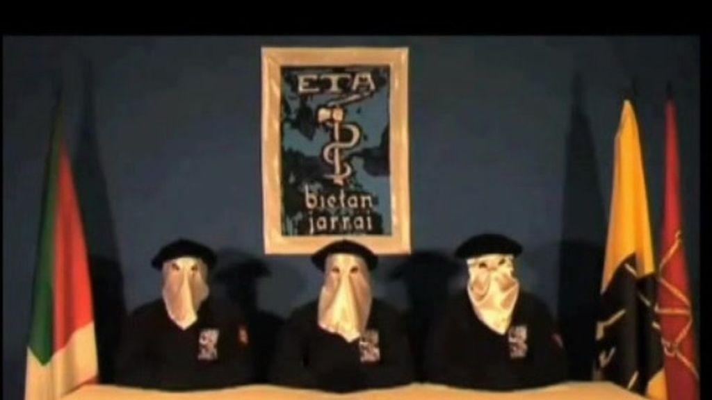 ETA expulsa a tres de sus miembros históricos que cumplen condena en Nanclares