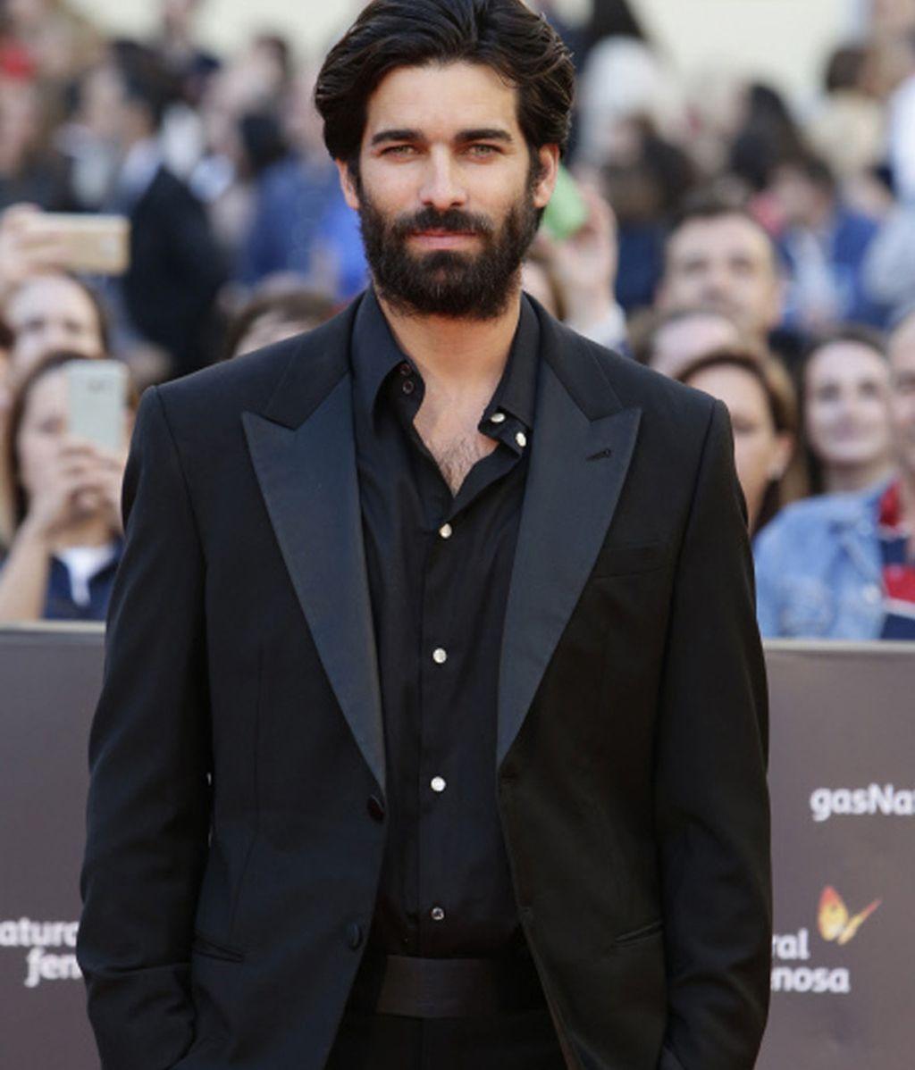 El 'príncipe' Rubén Cortada de negro y con barba para la presentación del Festival de Cine de Málaga