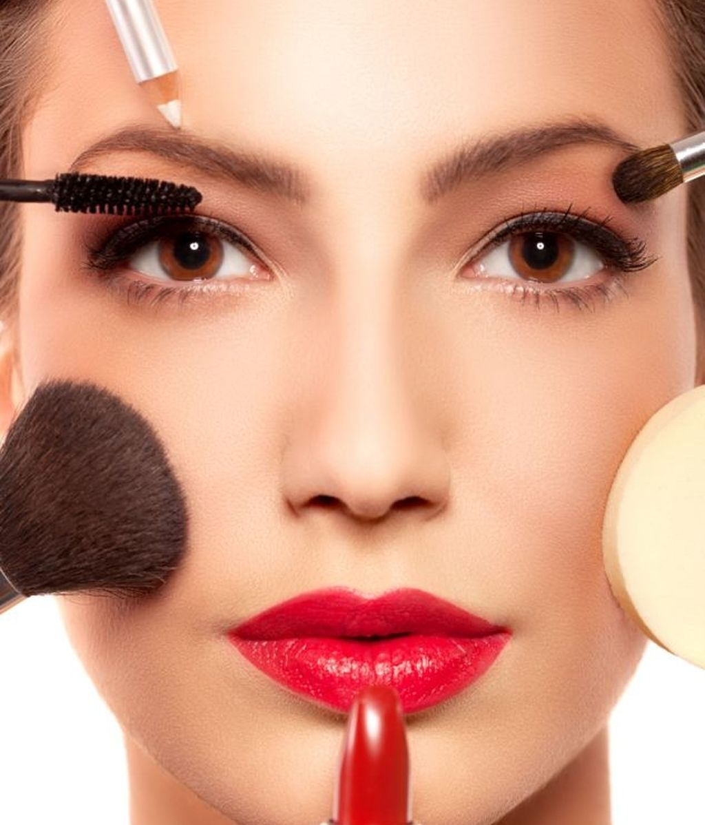 haz que tu maquillaje potencie lo mejor de ti. Black Bedroom Furniture Sets. Home Design Ideas