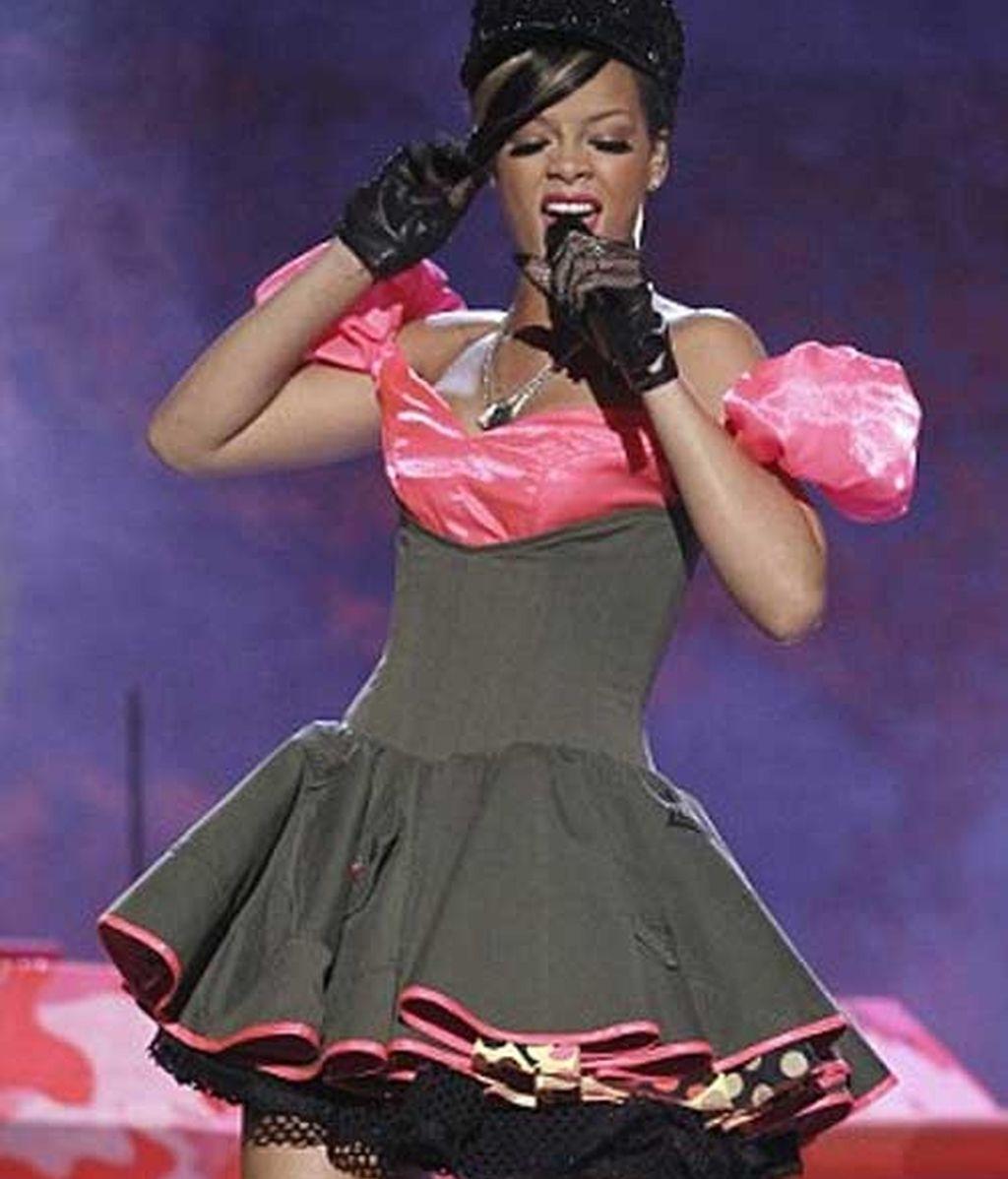 Rihanna canta en vivo