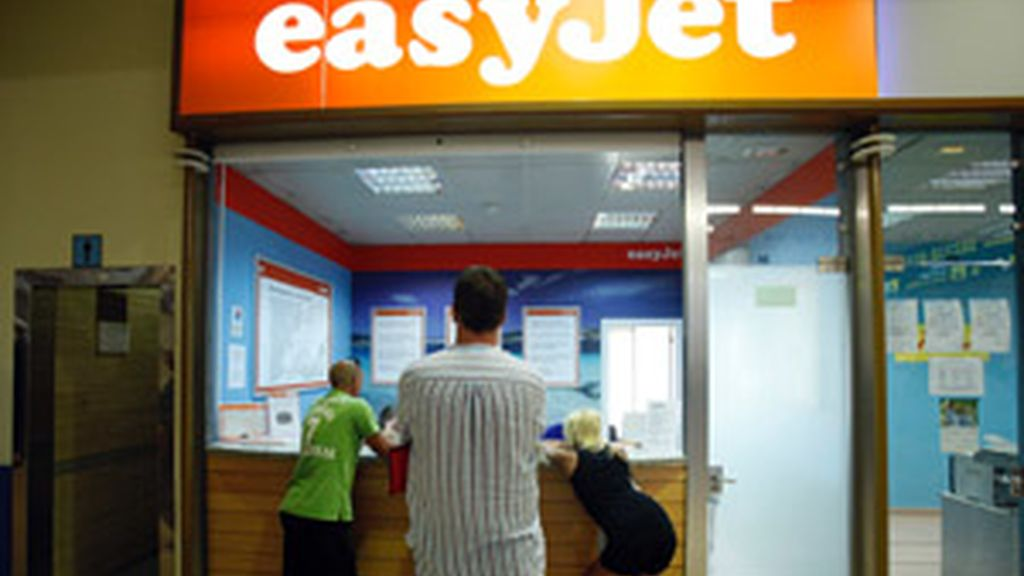 Easyjet cancela 23 vuelos en aeropuertos españoles