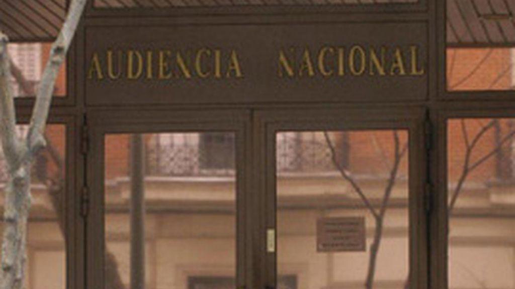 """La Audiencia Nacional admite a trámite el recurso de CCOO contra el """"tijeretazo"""" al sueldo de los funcionarios"""