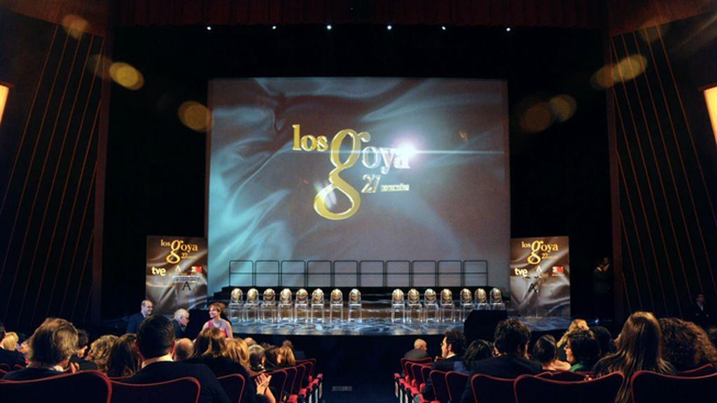 Los Teatros del Canal acogieron por primera vez la fiesta de presentación de los Goya que tradicionalmente se celebraba en la Puerta del Sol