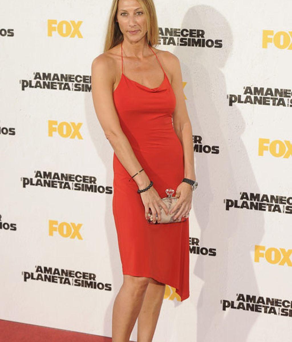 Mónica Pont apostó por un vestido rojo