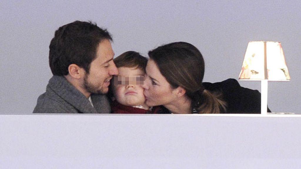 Manuel Martos y Amelia Bono con Manuel