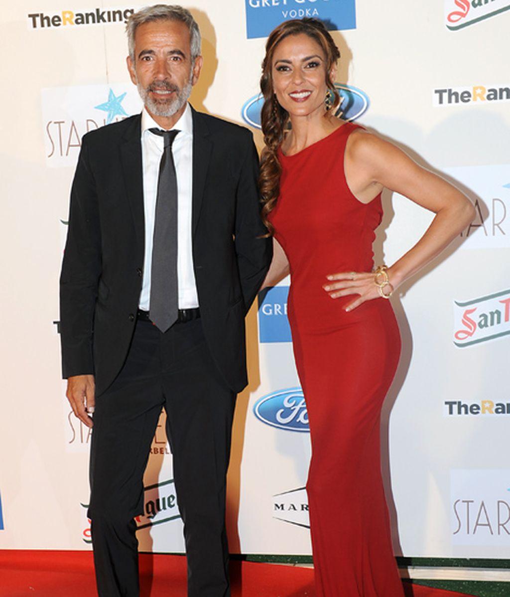 Imanol Arias y su chica