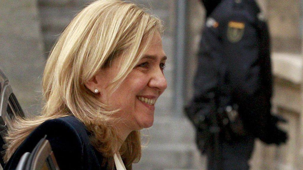 La declaración de la infanta Cristina por el 'Caso Nóos', en imágenes